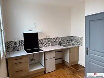 Location appartement blaye 3 pièces 68 m2 gironde (33390) - 650 € / mois