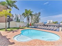 3 bedroom apartment for sale in umhlanga