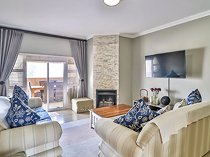 3 Bedroom Apartment in Greenstone Hill
