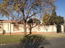 House to rent in lombardy east, johannesburg