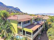 7 Bedroom House For Sale in Kosmos Ridge