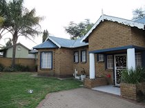 3 bed townhouse in modelpark