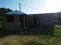 2 bedroom house in bhekulwandle for sale