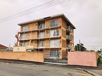 1 Bedroom Apartment in Parow Central