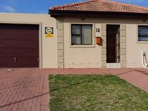 Townhouses for sale - hagley kuilsriver western cape