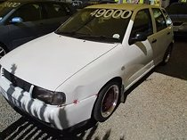White 2001 volkswagen polo playa 1.6