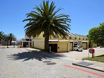 3 Bedroom Townhouse for sale in Humewood