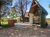Small holding for sale in honingklip a h