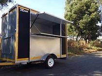 Food kitchen trailers