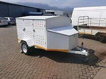6 dog trailer