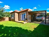 Locate close to hospital, schools and shops. Walki