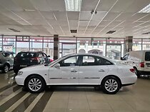 2009 hyundai azera 3.3 gls at, white with 92500km available now!