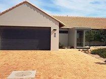 Villa-house for rent in langebaan south africa)