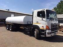 Toyota hino 18000l water truck (water tanker)