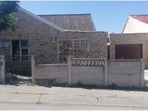 House for sale in booysen park