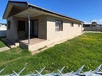 3 bed house in algoa park