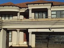 6 Bedroom House for sale in Thohoyandou