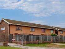 2 bed apartment in bethelsdorp