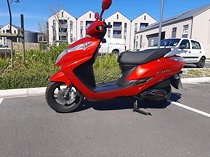 2019 Honda Elite 125cc automatic scooter- as new 100kms