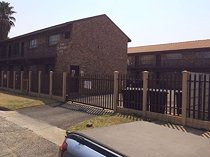 2 bedroom apartment to rent in nigel central