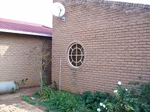 3 Bedroom House For Sale in Manzil Park