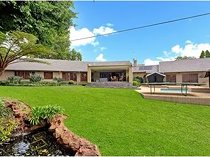 4 bedroom house to let in sunset acres