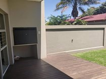 2 bedroom apartment / flat to rent in arcadia