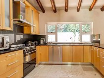4 bed house in wendywood