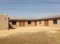 1 bedroom house in buhle park