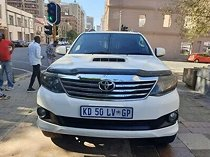 2014 toyota fortuner 3.0 d-4d 4x4 at, white with 106000km available now!