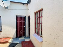 2 bedroom house in ivory park