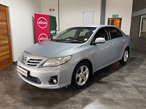 2011 toyota corolla 2.0 exclusive vsc at, blue with 174000km available now!