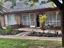 32 bedroom apartment for sale in jan kempdorp