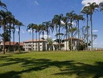 Furnished r9500- unfurnished r8000 top floor apartment ballito