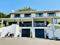 4 Bedroom Townhouse For Sale in La Lucia