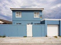 3 Bedroom House For Sale in Strandfontein