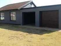 2 bedroom house to rent in buhle park