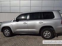 Toyota Land Cruiser Automatic 2010