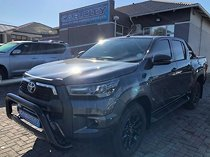 Grey toyota hilux my20.10 2.8 gd-6 rb legend 6at dc with 2050km available now!